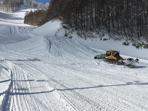 猫魔スキー場パーク整備の様子