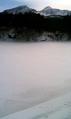 冬の毘沙門の神秘的な風景