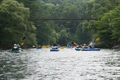 吊り橋までカヌーレース