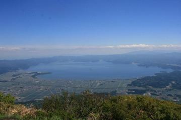 磐梯山山頂から猪苗代湖