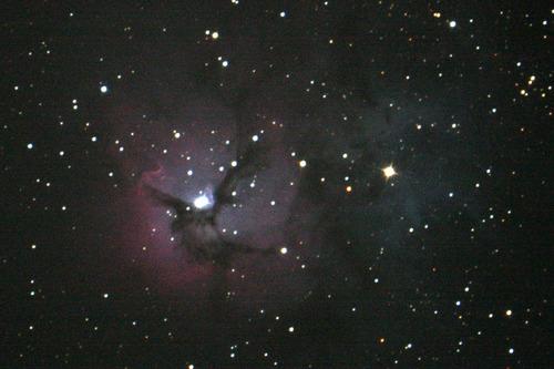 いて座の三裂星雲M27 天文台のあるペンションカレワラ